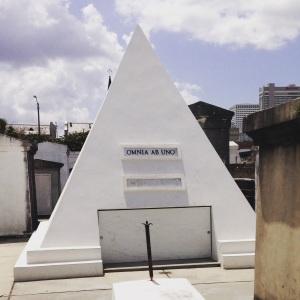 Nicholas Cage Tomb